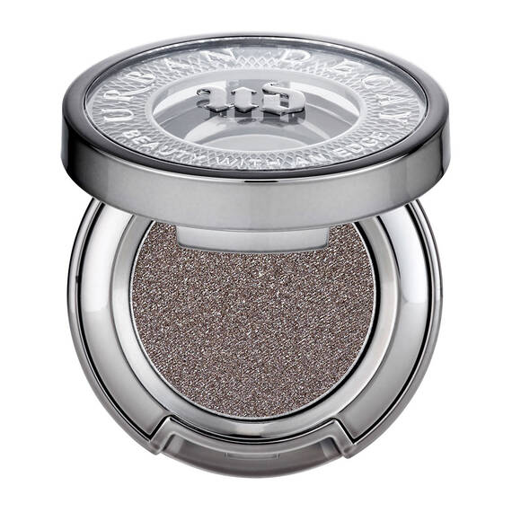 Eyeshadow in color South